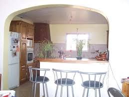 cuisine avec bar ouvert sur salon cuisine ouverte bar la cuisine en u avec bar voyez les derniares