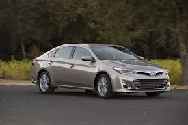 toyota avalon models 2013 toyota avalon reviews and rating motor trend