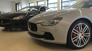 maserati quattroporte 2014 the 2014 maserati ghibli vs the 2014 maserati quattroporte youtube