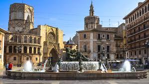 valencia nightlife guide valencia neighbourhood guide ciutat vella expat valencia