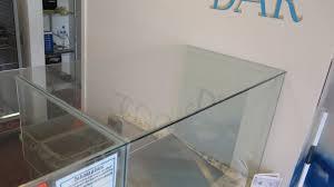 clear glass floor l clear glass encasement front glass 78 l 2 side glass 22 5 top