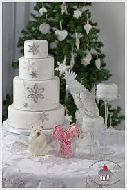 wedding cake decorating supplies 40 best winter wedding cakes images on