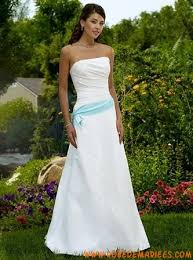 robe de mariã pas cher robe simple en satin décorée de plis robe de mariée pas chère