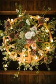 Diy Wagon Wheel Chandelier Creative Rustic Wagon Wheel Wedding Decoration Ideas Wagon Wheel