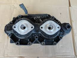 evinrude outboard 115hp ficht port side cylinder head 5001257 2000