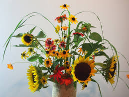 Arranging Flowers by Flowers On The Altar Uu World Magazine