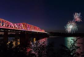 Zoo Lights Memphis Tn by Guide To 4th Of July Events In Memphis 2017 Choose901