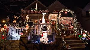dyker heights holiday lights dyker heights christmas lights 2017 guide and how to get there