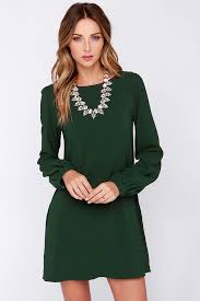 what colour shoes with a green dress best color shoes to wear