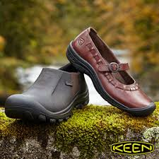 screaming deals on keen shoes skechers boots u0026 under armour for