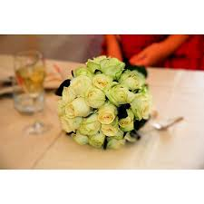 how to make wedding bouquet how to make fresh flower wedding bouquets our everyday