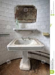 Messy Bathroom Messy Bathroom Royalty Free Stock Images Image 33857589