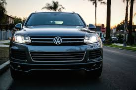 volkswagen touareg blue 2014 volkswagen touareg tdi r line review 7 things to know