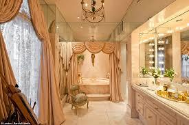 Bathrooms In Nyc Rivers U0027 Apartment In Nyc Bathroom