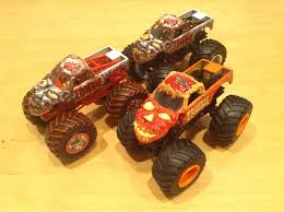 walmart monster jam trucks julian u0027s wheels blog zombie monster jam truck 2015 walmart