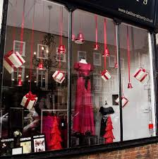 Red And White Christmas Decorations Uk by Top Christmas Window Decorations Christmas Celebrations