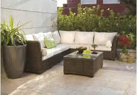 mobilier de jardin en solde prix salon de jardin table et chaise de jardin en resine maisondours