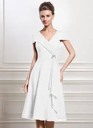 a linie v ausschnitt kurz mini chiffon brautjungfernkleid mit rusche p549 25 best ideas about chiffon kleid knielang on