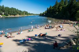 george rogers park beach swimming holes in oregon cliff jumping