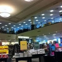 Barnes And Noble Employee Barnes U0026 Noble 340 Christiana Mall Rd