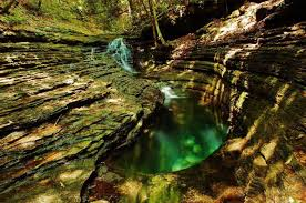 The Devils Bathtub Best Hikes Near Bristol Inspiring Photos And Tips Trover