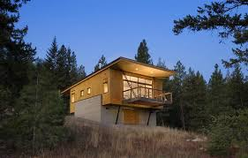 best cabin designs this elevated cabin design was done on a budget plan