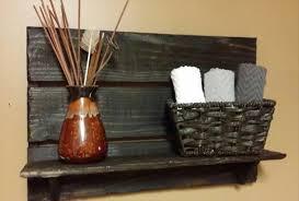 easy pallet decorative shelf pallet furniture plans