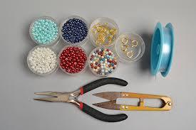 bead flower bracelet images Making fresh colored pearl beaded flower bracelets carol 39 s jpg