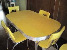 yellow retro kitchen table and chairs 9566