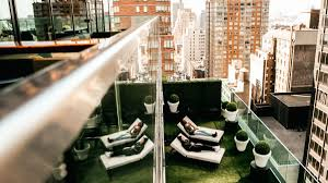 Hip Manhattan Hotels Pod 51 New York Hotels Times Square Times Square Hotels Best Boutique