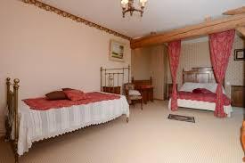 chambre d hote amand les eaux chambre d hôtes la cour en bas les comes chambres d hôte à