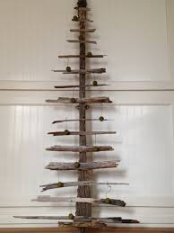 drift wood christmas tree met u2022a u2022mor u2022pho u2022sis living
