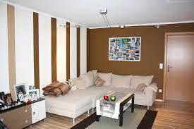Wohnzimmer Streichen Ideen Wohnzimmerwand Streichen Muster Bequem On Moderne Deko Ideen Plus