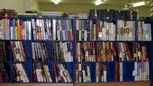 books wallpaper library books wallpaper borders smokescreen