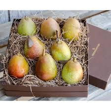 food gift delivery warren pear gift box organic pears fruit boxes frog hollow