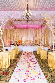 Hindu Wedding Supplies Floral U0026 Decor In Itasca Il Indian Fusion Wedding By Shalin Photo