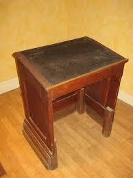 bureau ecolier en bois ancien pupitre écolier clasf