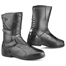 classic motorcycle boots buy tcx spoke wp boots online