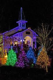 dollywood christmas lights 2017 dollywood chapel with christmas lights picture of dollywood