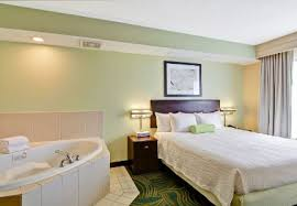 London Hotel With Jacuzzi In Bedroom Hotels In Erie Pa Springhill Suites Marriott