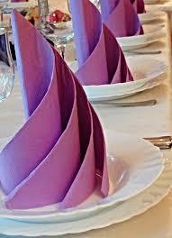 deco de table pour anniversaire pliage serviette papier idées faciles et modèles pliage de