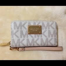 light pink michael kors wristlet buy michael kors cell phone wallet wristlet off64 discounted