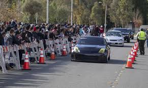 paul walker porsche crash paul walker u0027fast and furious u0027 fans in modified cars gather for