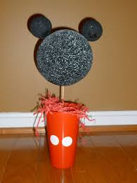 our pinteresting family mickey mouse centerpiece