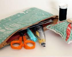 Making Pin Cushions Diy Pincushion And Zipper Pouch