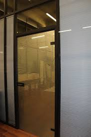 les de bureaux les aménagements portes pour cloisons de bureau espace cloisons