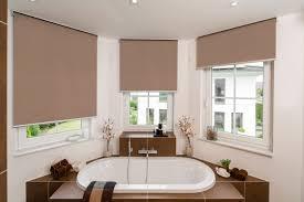 rollos für badezimmer plissee vorhänge die gardine emejing gardinen für badezimmer