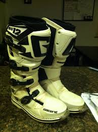 gaerne sg12 motocross boots which do you like gaerne g react or alpinestars tech 7 moto