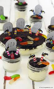 graveyard dirt pudding with free printables the cottage market