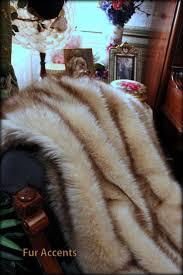 Faux Fox Fur Throw Amazon Com Fur Accents Faux Fur Throw Blanket Arctic Fox White